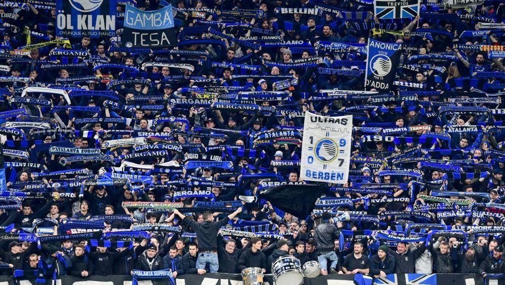 Volle Tribünen beim CL-Spiel Bergamo gegen Valencia - Bildquelle: AFPSIDMIGUEL MEDINA