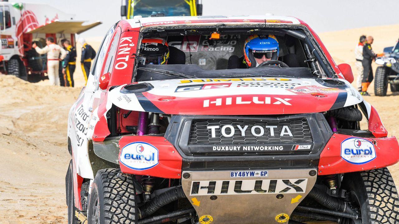 Start bei der Rally Dakar - Bildquelle: imago images/PanoramiC