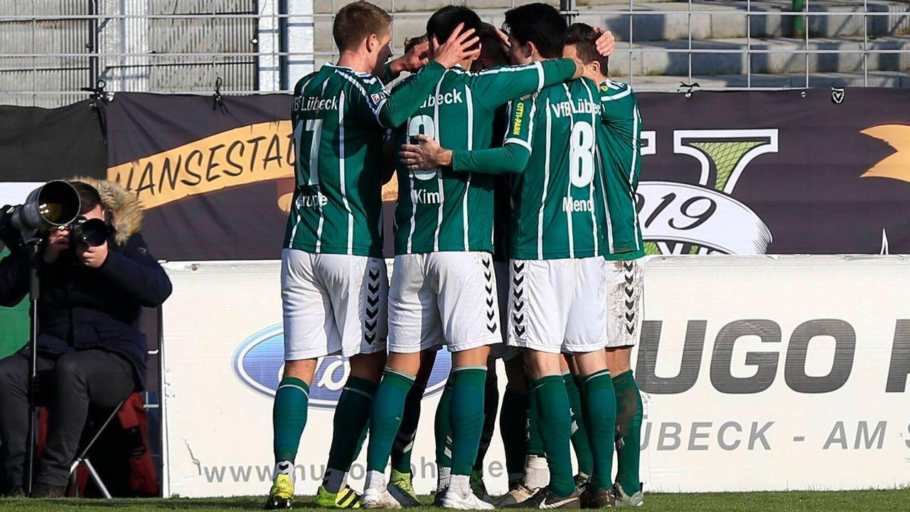 VfB Lübeck (Aufsteiger aus der Regionalliga Nord) - Bildquelle: imago images/Nordphoto