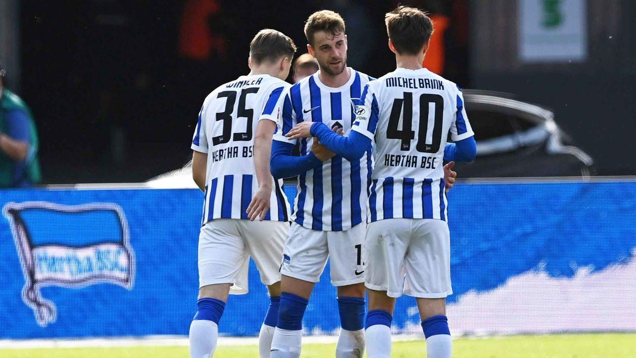 Platz 6: Hertha BSC (12,44 Millionen Euro) - Bildquelle: imago images/Matthias Koch