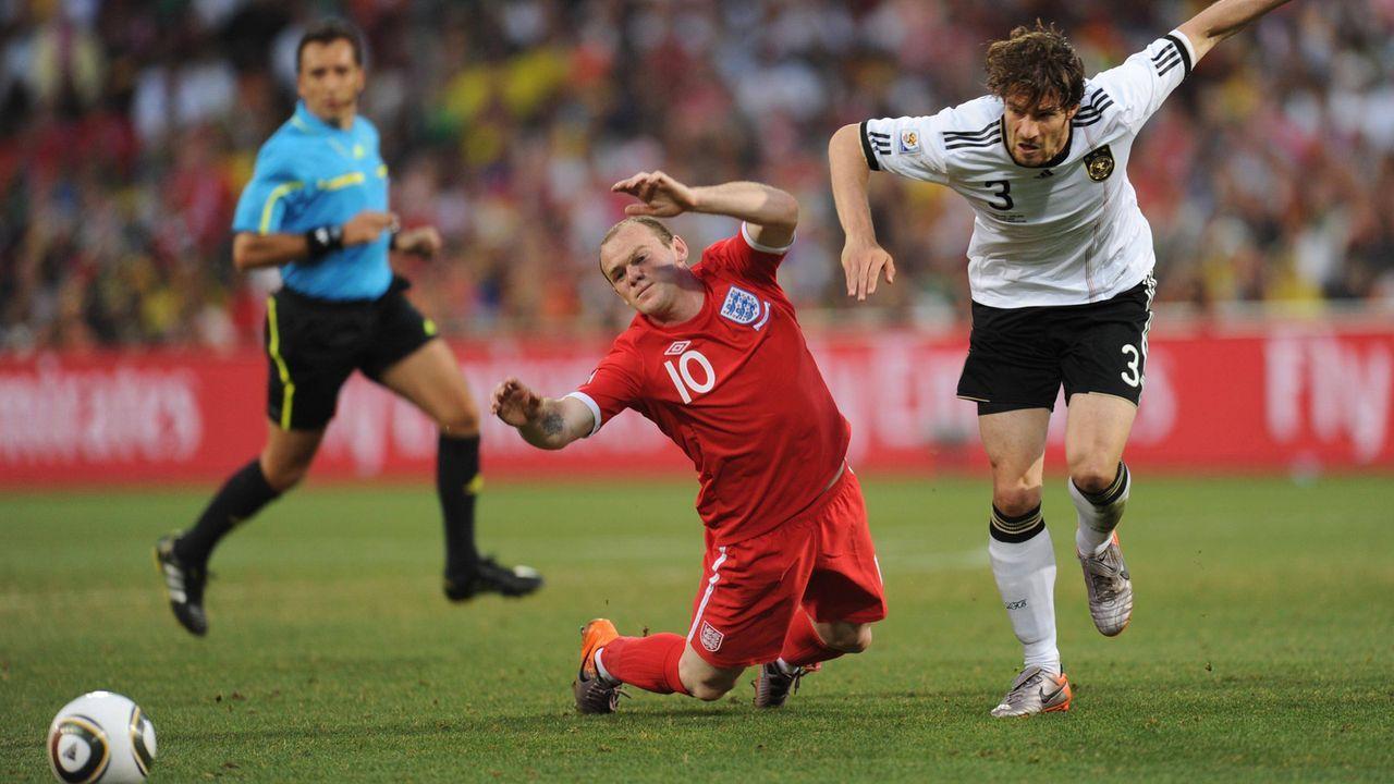 WM-Endrunde 2010: Deutschland - England 4:1 (2:1) - Bildquelle: imago images/Xinhua