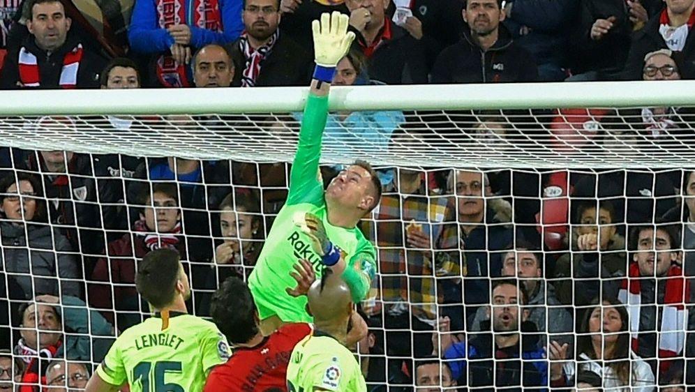 Marc-Andre ter Stegen sichert Barcelona einen Punkt - Bildquelle: AFPSIDANDER GILLENEA