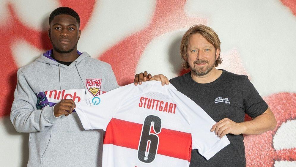 Clinton Mola erhält in Stuttgart einen Vertrag bis 2024 - Bildquelle: VfB StuttgartVfB StuttgartSID