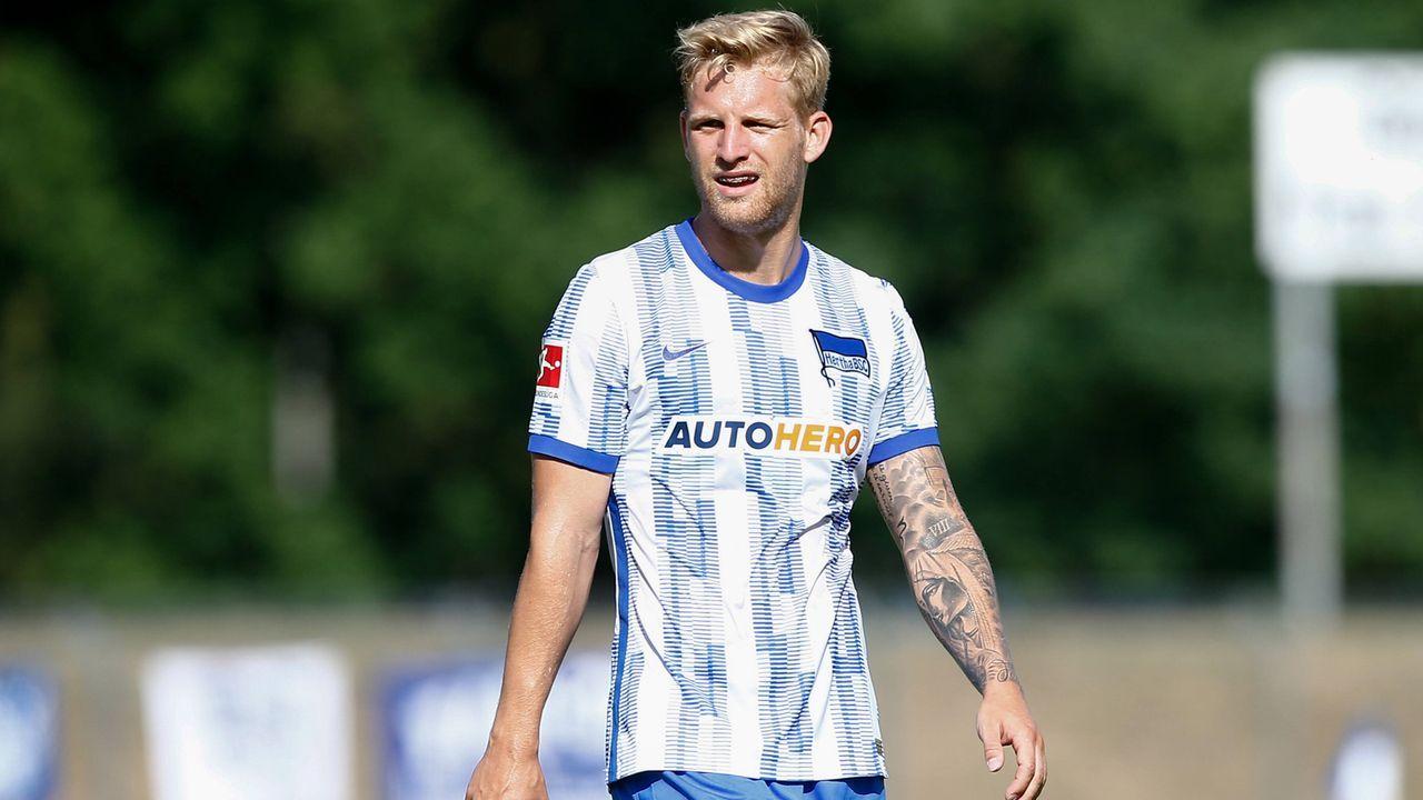 Arne Maier (FC Augsburg) - Bildquelle: imago images/Jan Huebner