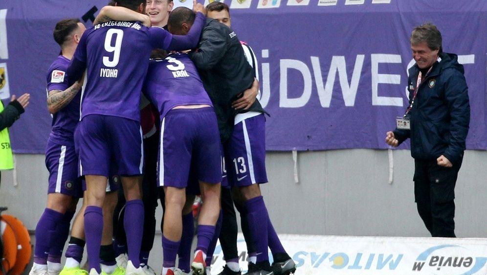 Erzgebirge Aue gewinnt mit 4:3 gegen Nürnberg - Bildquelle: firo Sportphotofiro SportphotoSIDfiro SportphotoKarina He§land