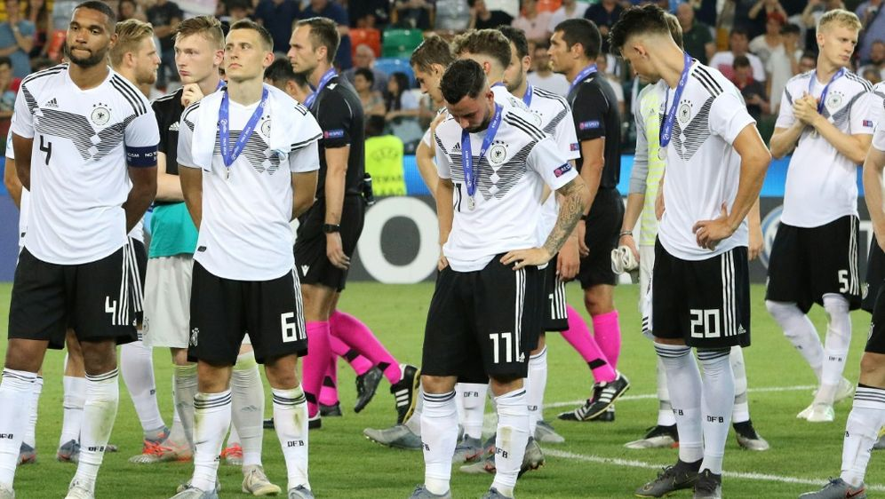 U21-Nationalmannschaft vor ausverkauftem Haus - Bildquelle: PIXATHLONPIXATHLONSID