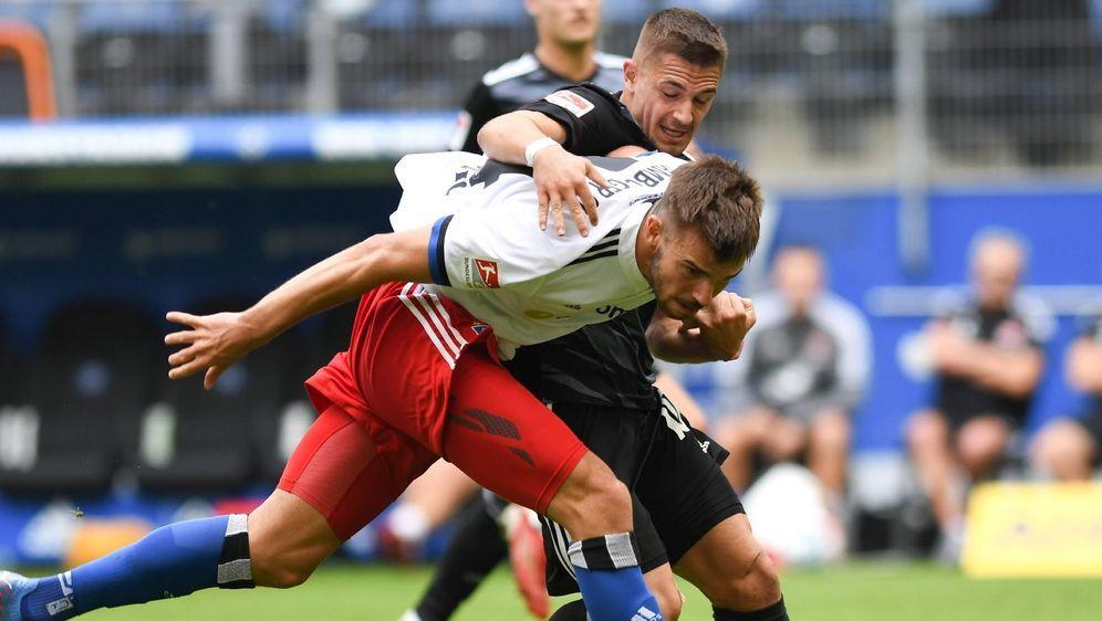 Der HSV kam gegen Nürnberg nicht über ein Unentschieden hinaus - Bildquelle: Imago