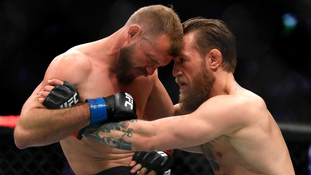 McGregors erster Sieg nach 1163 Tagen - Bildquelle: Getty Images