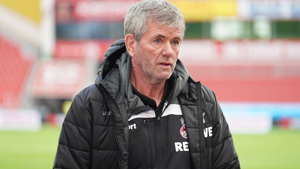Friedhelm Funkel soll den 1. FC Köln vor dem drohenden Abstieg bewahren. - Bildquelle: Imago