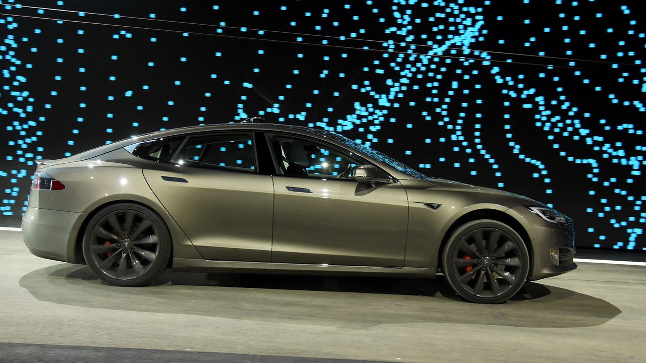 e-Tron, EQC, Tesla: Das sind die Elektroautos in Deutschland - Bildquelle: 2017 Getty Images