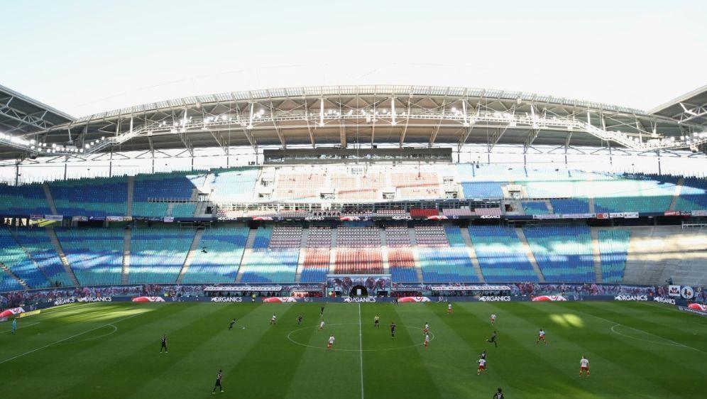 Stadionauslastung: Leipzig setzt künftig auf 2G-Modell - Bildquelle: AFP/POOL/SID/ALEXANDER HASSENSTEIN