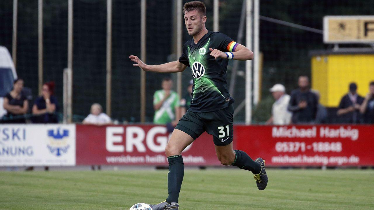 Robin Knoche (VfL Wolfsburg) - Bildquelle: imago images / Joachim Sielski