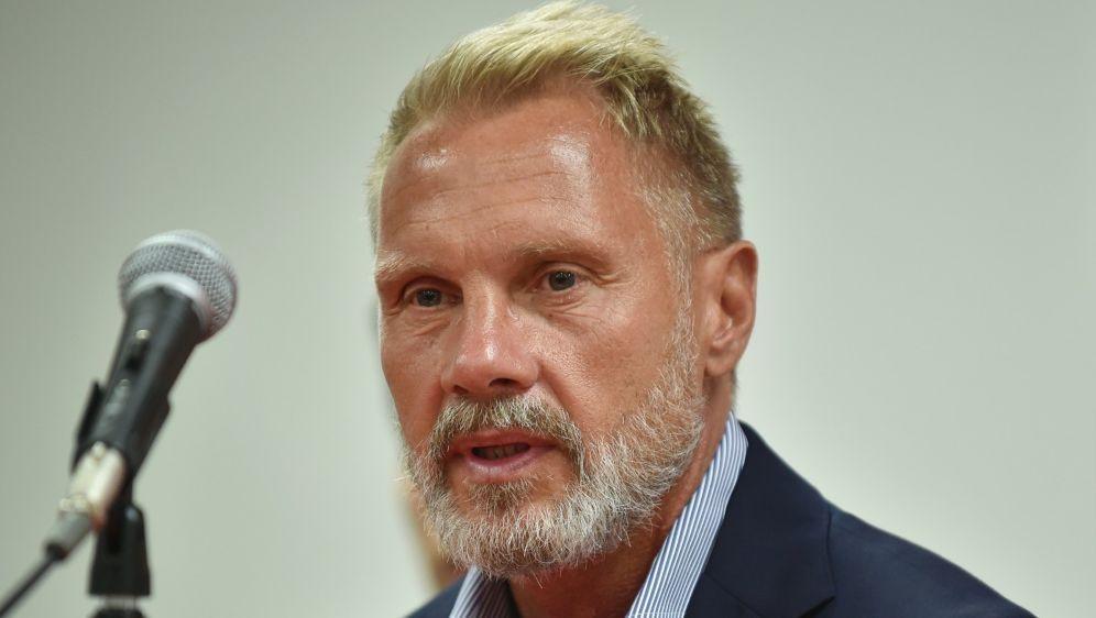 Fink würde Podolski mit zu Olympia nehmen - Bildquelle: AFPSIDKAZUHIRO NOGI