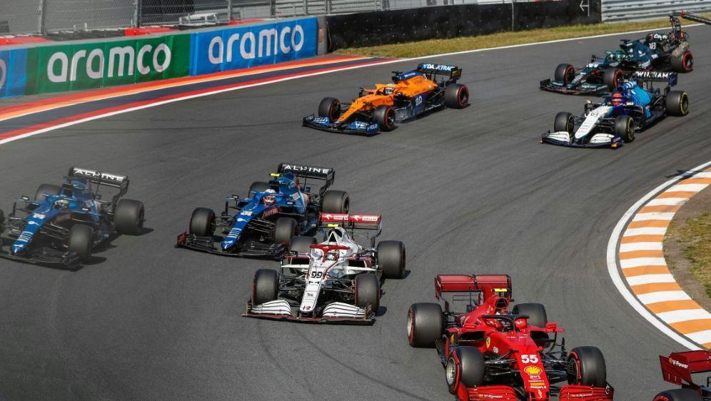 Tim Tramnitz fährt ersten Saisonsieg in der Formel 4 - Bildquelle: AFPSIDANTONIN VINCENT