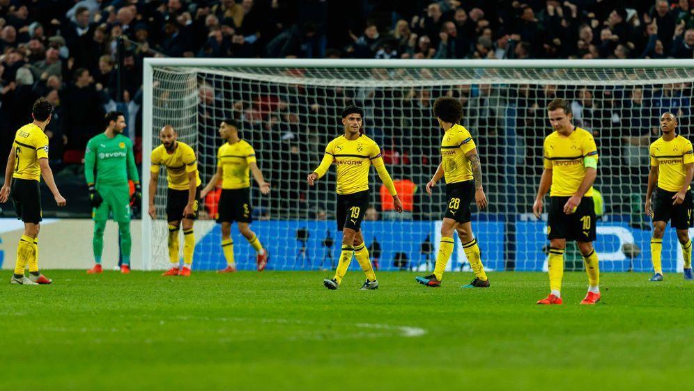 Borussia Dortmund steht nach dem 0:3 gegen Tottenham vor dem Aus in der Cham... - Bildquelle: imago/DeFodi
