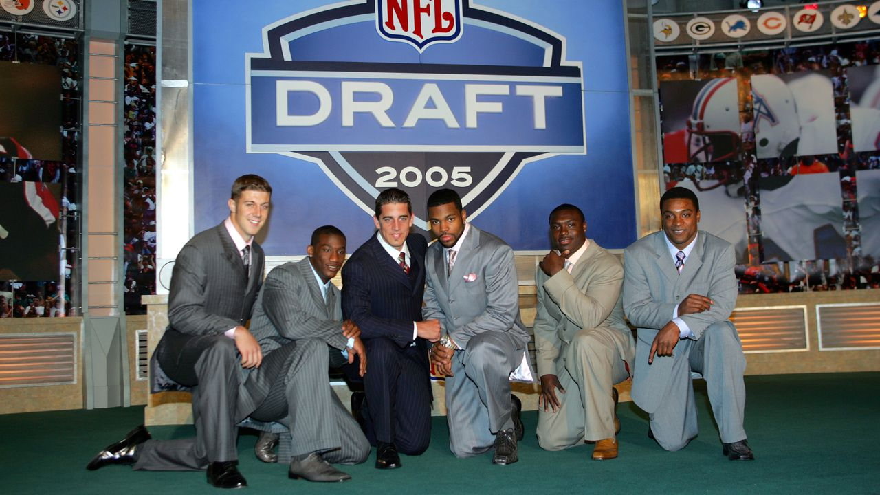 Aaron Rodgers (24. Pick im Draft 2005, Green Bay Packers) - Bildquelle: 2005 Getty Images