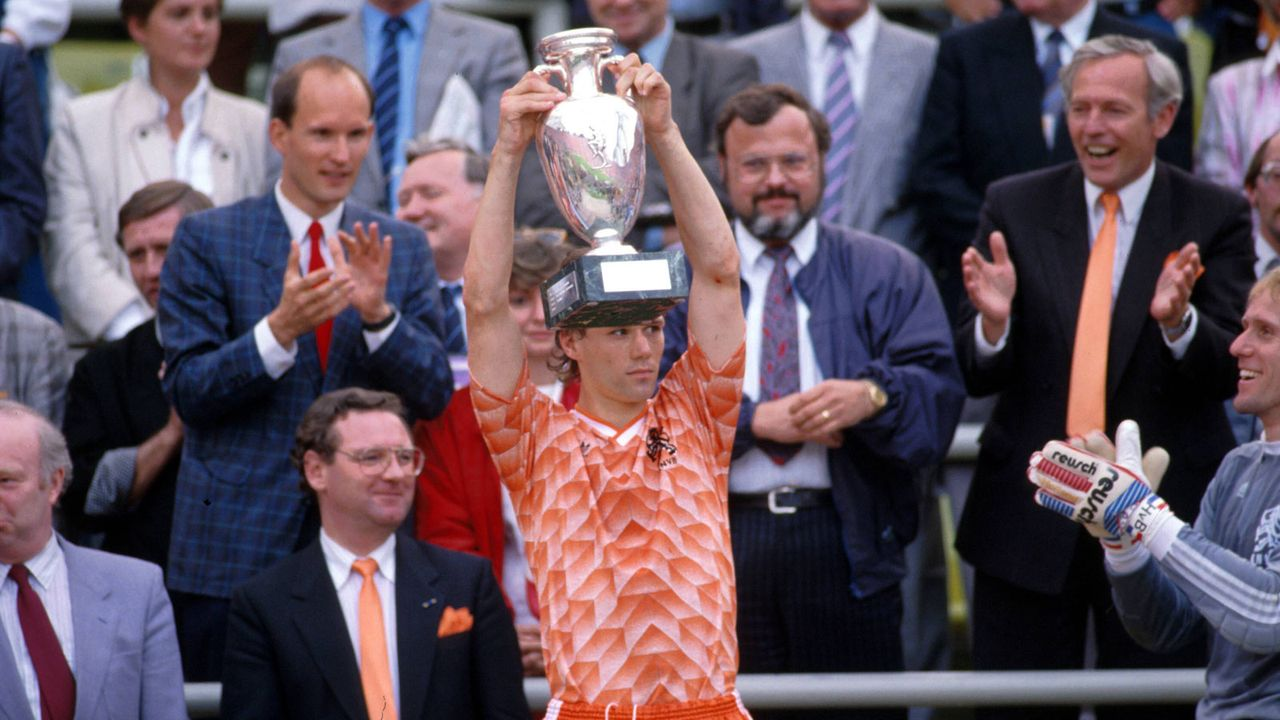 EM 1988: Marco van Basten (Niederlande) - Bildquelle: Imago Images