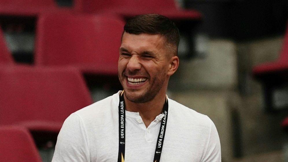 Trifft im Finale auf Besiktas Istanbul: Lukas Podolski - Bildquelle: FIROFIROSID