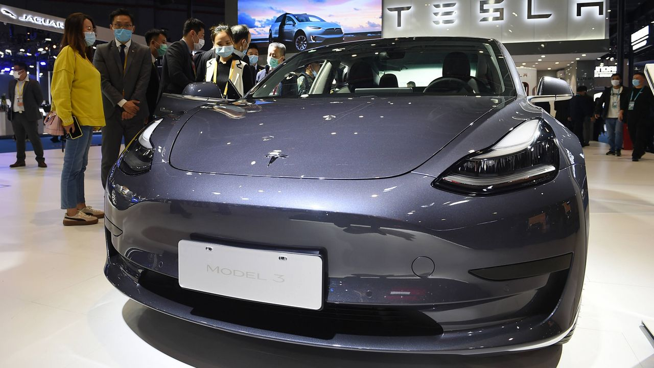 2. Tesla Model 3 Longe Range AWD  - Bildquelle: imago images/Xinhua