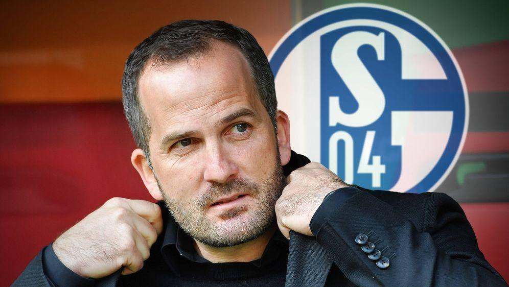 Bundesliga Live 6.Spieltag.Auf Manuel Baum wartet beim Spiel FC Schalke 04 ... - Bildquelle: imago images/Sven Simon