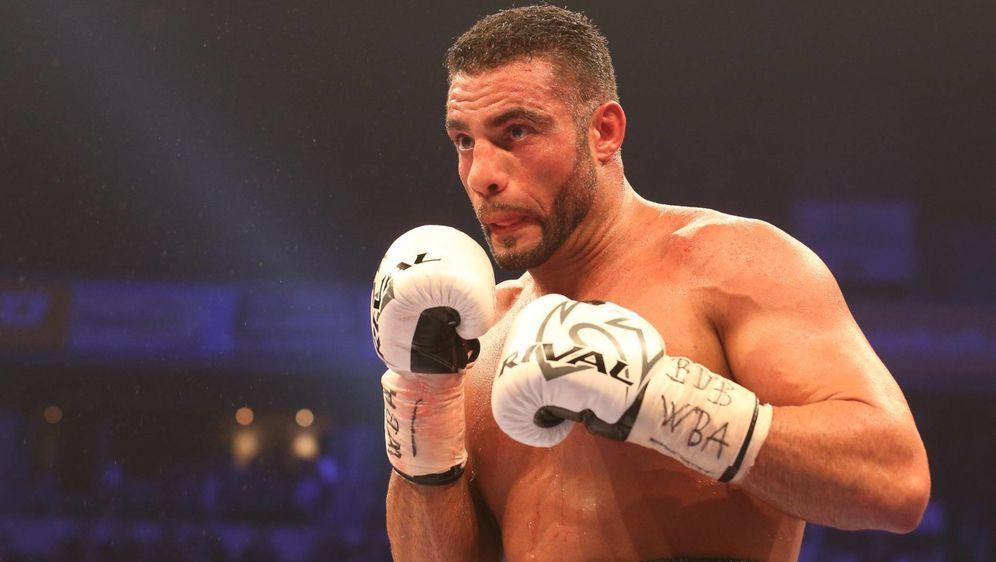 Manuel Charr macht sich Hoffnungen auf den Kampf gegen Anthony Joshua - Bildquelle: imago sportfoto
