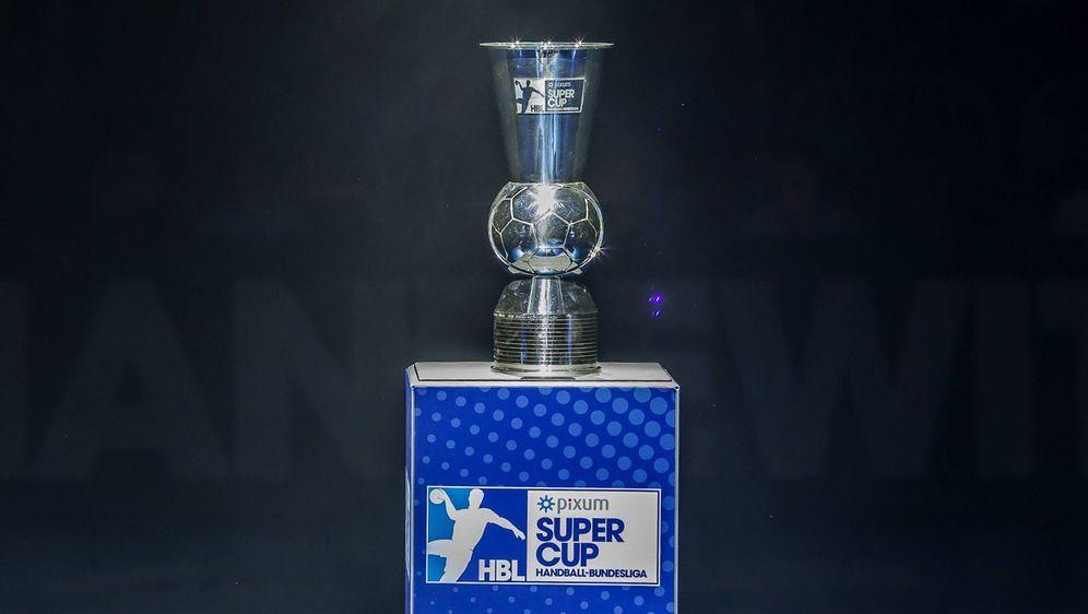Der DHB-Supercup soll vor 2.640 Zuschauern im Düsseldorfer ISS Dome stattfin... - Bildquelle: imago images / Manngold