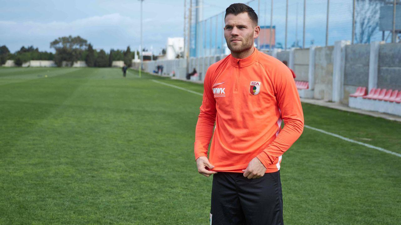 Eduard Löwen (FC Augsburg) - Bildquelle: imago images/Krieger