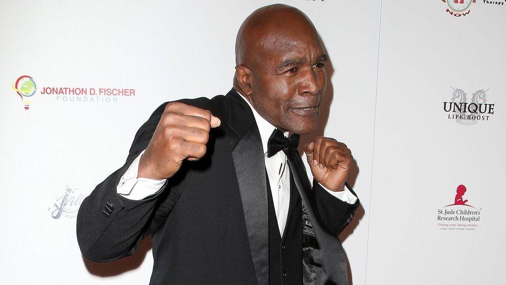 Einmal Boxer, immer Boxer: Evander Holyfield - Bildquelle: imago images / Starface