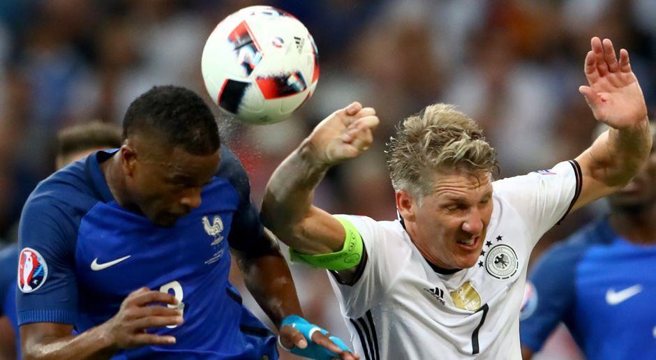 Bastian Schweinsteigers Handspiel - Bildquelle: 2016 Getty Images