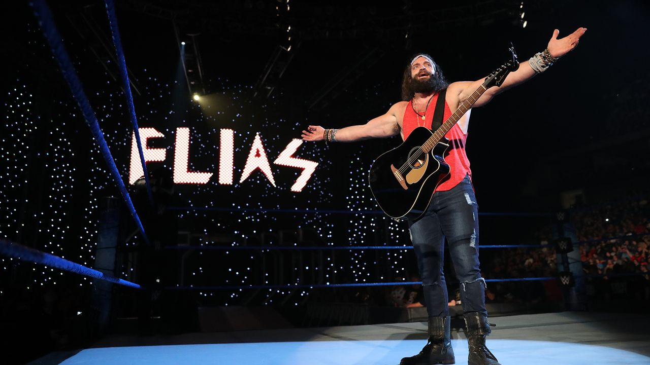 Elias vs. King Corbin - Bildquelle: WWE