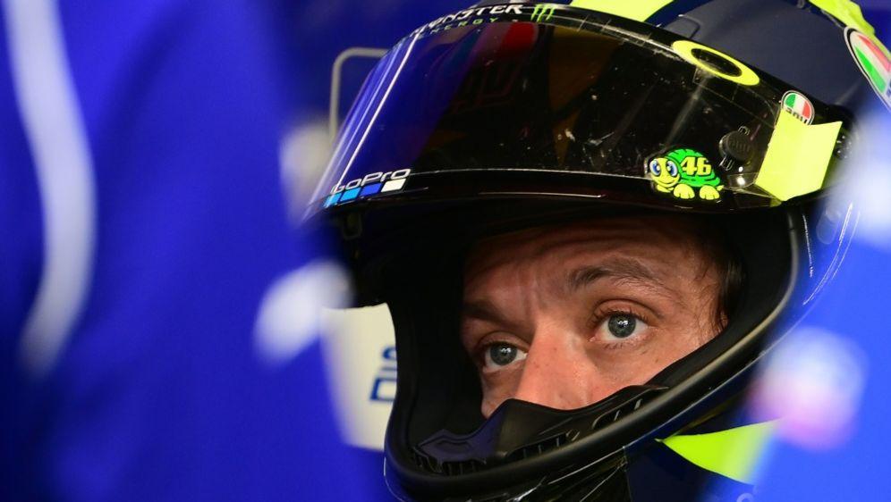 Valentino Rossi wechselt zu Petronas-Yamaha - Bildquelle: AFPSIDLLUIS GENE