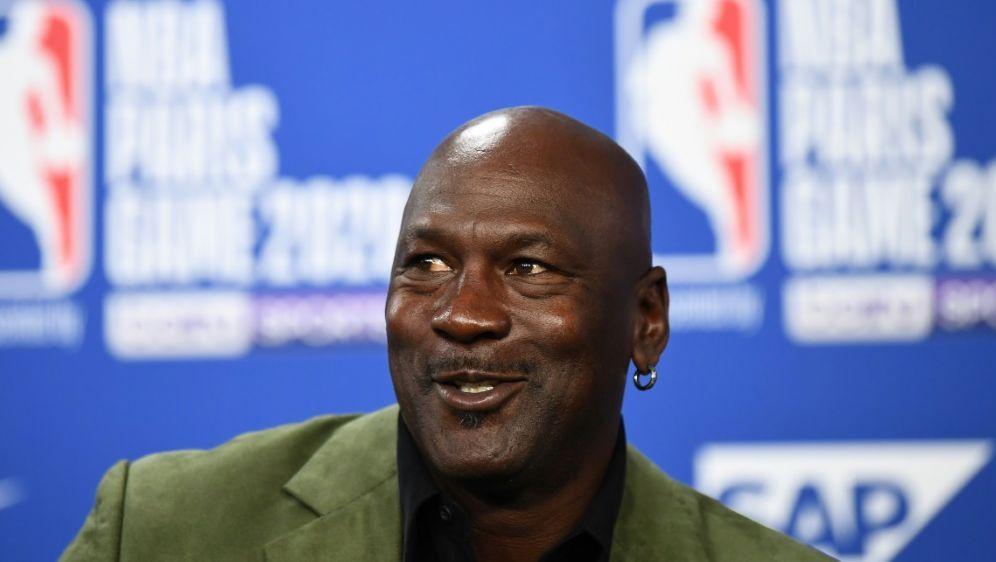 Basketball-Legende Michael Jordan wurde fünfmal MVP - Bildquelle: AFPSIDFRANCK FIFE