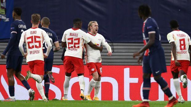 Champions League - Champions League: RB Leipzig revanchiert sich an PSG und nimmt Kurs aufs Achtelfinale