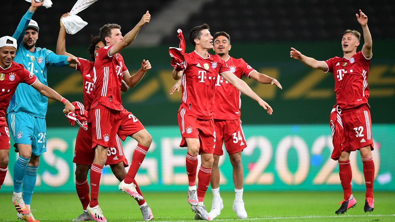 So feiern die Bayern-Spieler den Pokalsieg - Bildquelle: Getty Images
