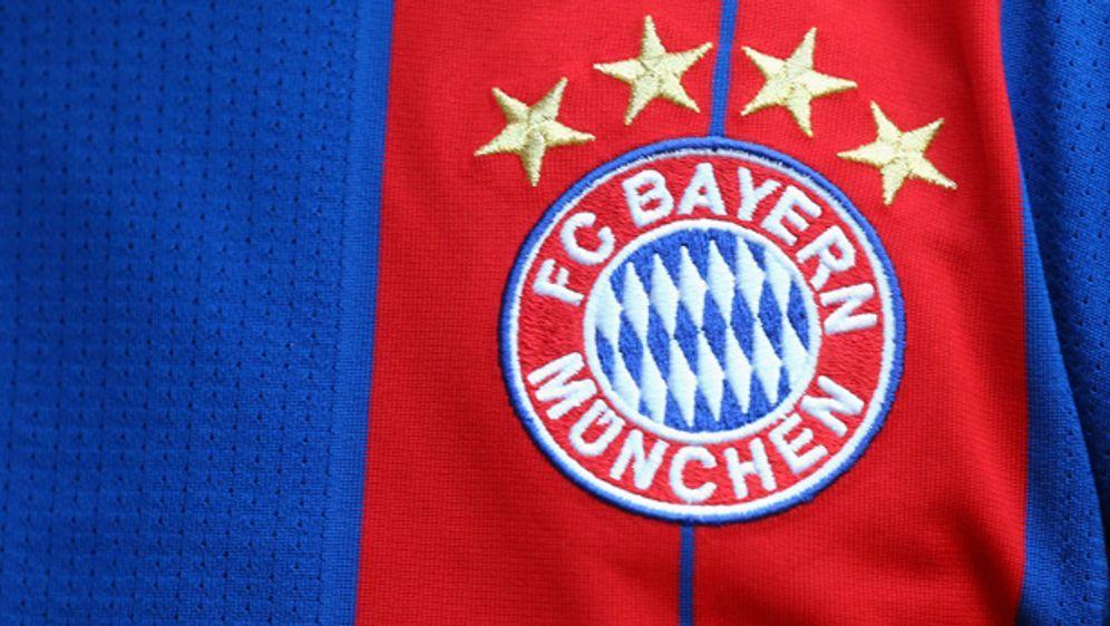 Bayern Trikot Sterne