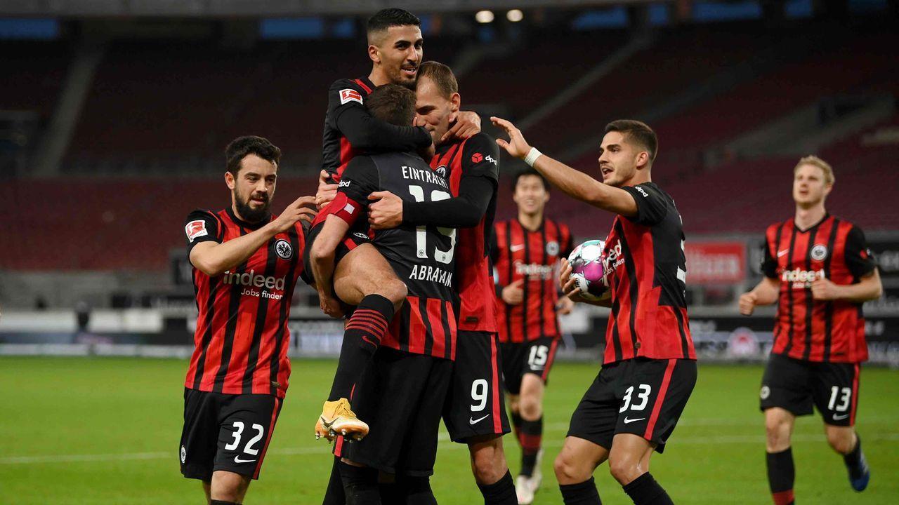 Platz 1: Eintracht Frankfurt - Durchschnittlicher Tabellenplatz der Gegner: 5,5