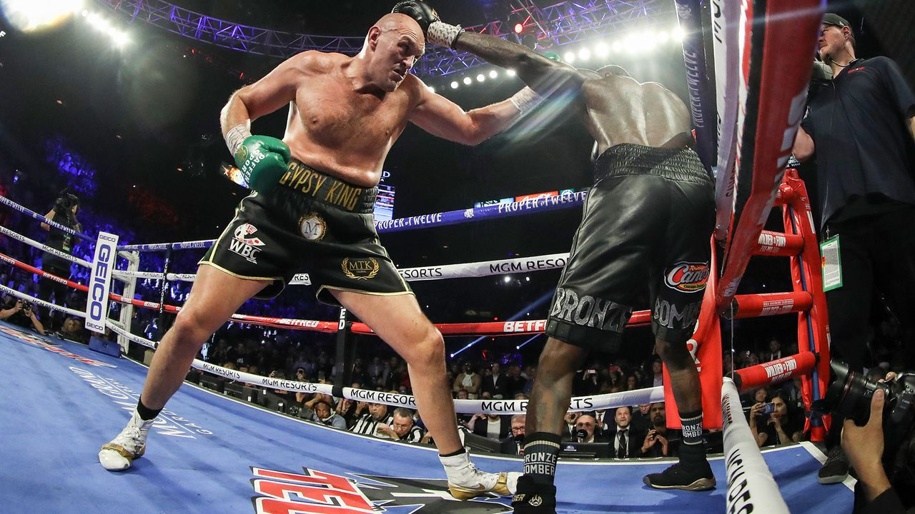 Fury dominiert den Fight - Bildquelle: 2020 Getty Images