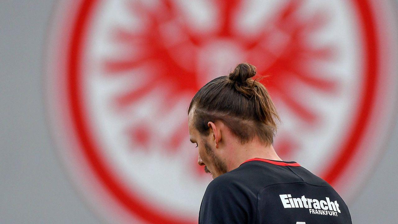 Offensives Mittelfeld: Alex Meier - Bildquelle: imago/Jan Huebner