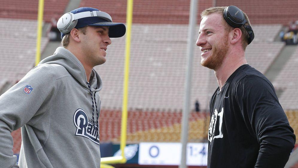 Draft-Könige 2016: Jared Goff (li.) und Carson Wentz. - Bildquelle: imago/ZUMA Press