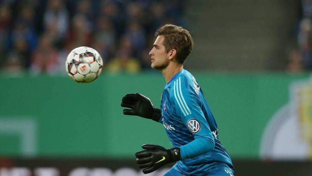 Julian Pollersbeck verlässt den HSV in Richtung Lyon - Bildquelle: FIRO SPORTPHOTOFIRO SPORTPHOTOSID