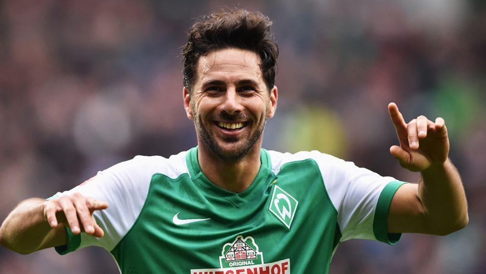 Claudio Pizarro glaubt, dass seine Chancen bei einen Elfmeter gegen Manuel N... - Bildquelle: 2016 Getty Images