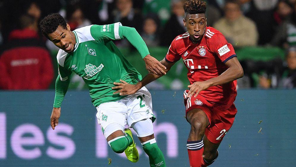 Drittes Duell in dieser Saison: Werder Bremen um Theodor Gebre Selassie (l.)... - Bildquelle: Getty Images