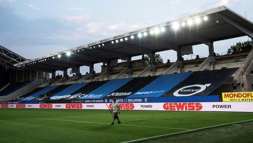 Das Gewiss-Stadion soll bis Ende 2021 umgebaut sein - Bildquelle: AFPSIDMARCO BERTORELLO