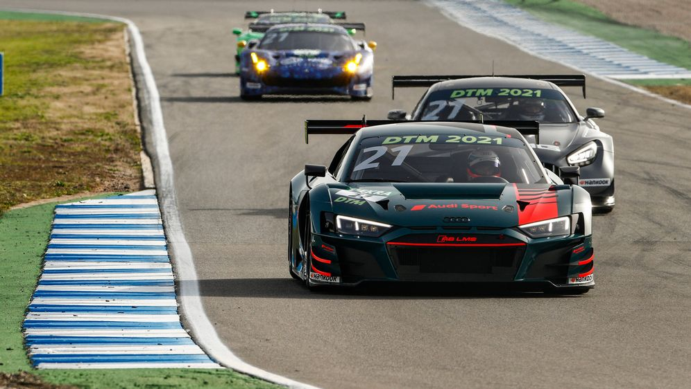 Der Sieger der DTM Trophy darf im neuen GT3-Auto fahren. - Bildquelle: imago