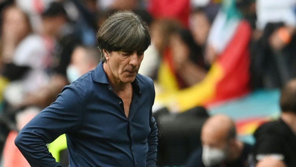 Joachim Löw nimmt das deutsche Ausscheiden auf sich - Bildquelle: AFPPOOLSIDANDY RAIN