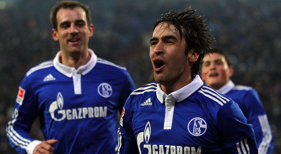 2010 - Raul zum FC Schalke 04 (ablösfrei) - Bildquelle: 2010 Getty Images