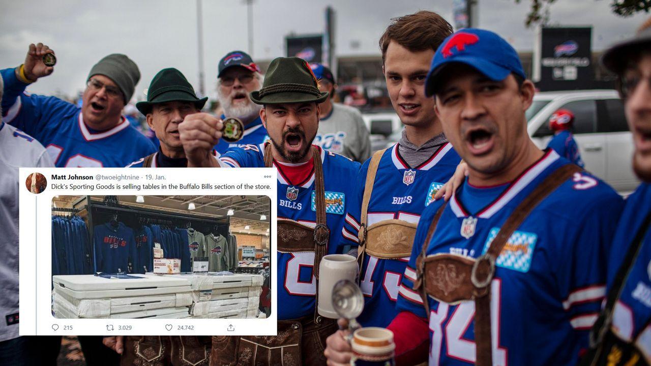 Besonderes Angebot für die Bills Mafia: Lokales Sportgeschäft verkauft Klapptische - Bildquelle: imago/Twitter @twoeightnine