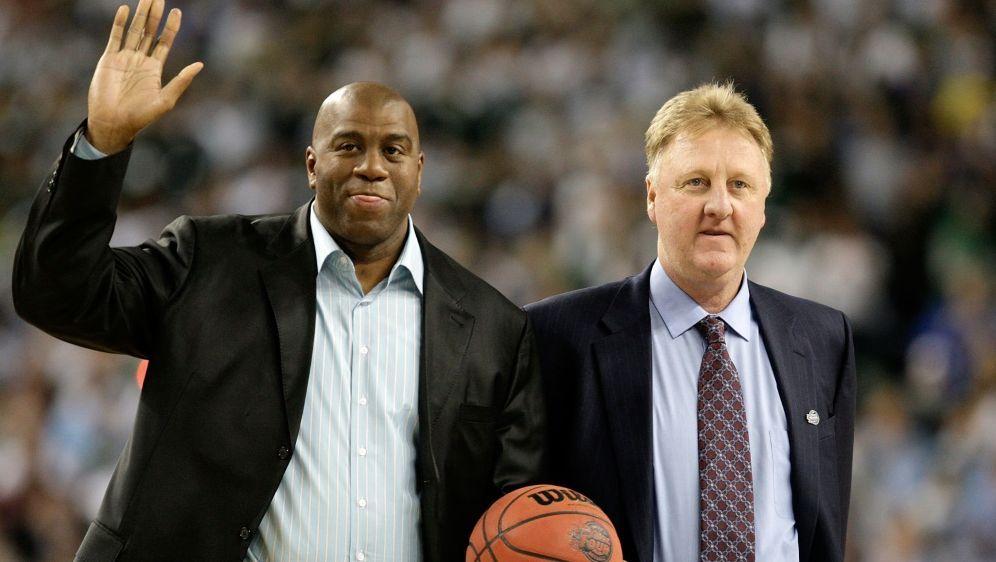 Auszeichnung: Johnson und Bird werden von der NBA geehrt - Bildquelle: GETTY IMAGES NORTH AMERICAGETTY IMAGES NORTH AMERICASIDANDY LYONS