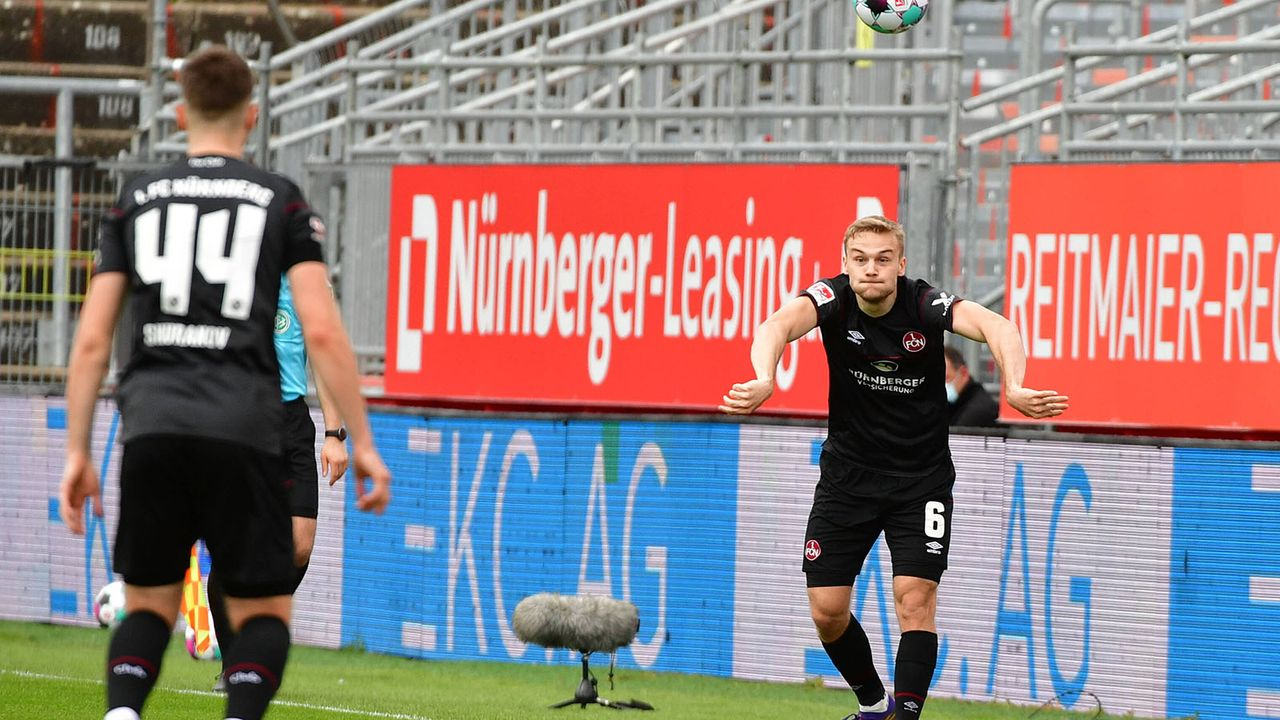 1. FC Nürnberg (13. Platz - 36 Punkte) - Bildquelle: imago images/Jan Huebner