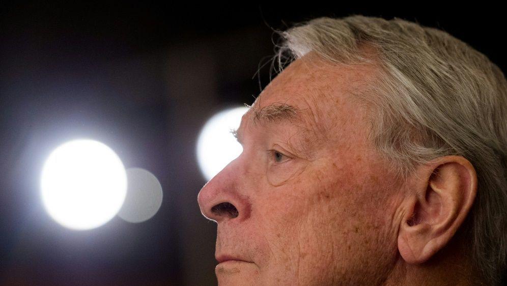 Richard Pound stützt IOC-Präsident Thomas Bach - Bildquelle: AFPSIDLUKAS BARTH